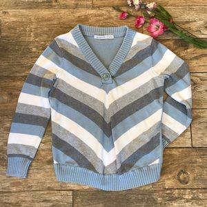 Liz Claiborne V-necked Knitted Sweater